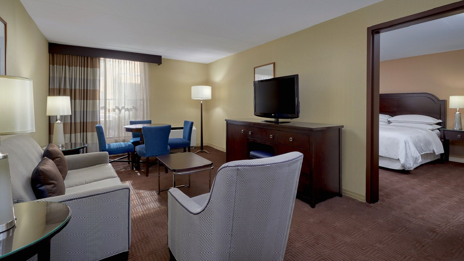 Sheraton Milwaukee Brookfield Hotel - King Suite